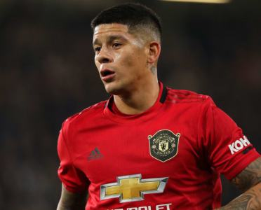 Man Utd Planning to Keep Marcos Rojo in January Despite Nearly Leaving for Everton
