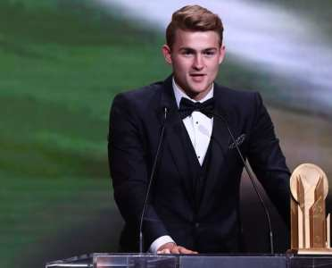 Matthijs de Ligt Names His Idol After Taking Home Kopa Trophy