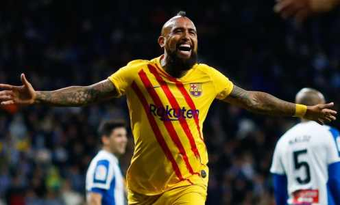 Manchester United Join Inter in Race to Sign Barcelona's Arturo Vidal