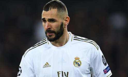 Karim Benzema 'Officially' Signs Contract Extension at Real Madrid