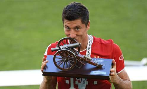 Robert Lewandowki's 10 Best Goals of the Season