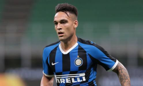 Barcelona Focused on Player Sales to Fund Lautaro Martínez Move