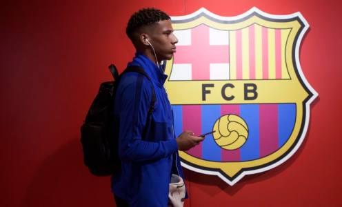 Fulham Join Race to Sign Jean-Clair Todibo From Barcelona