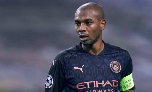 Fernandinho has had offers from Brazil & Europe as Manchester City contract runs down