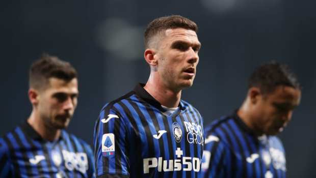 Atalanta's Robin Gosens opens up on 'embarrassing' Cristiano Ronaldo shirt swap snub