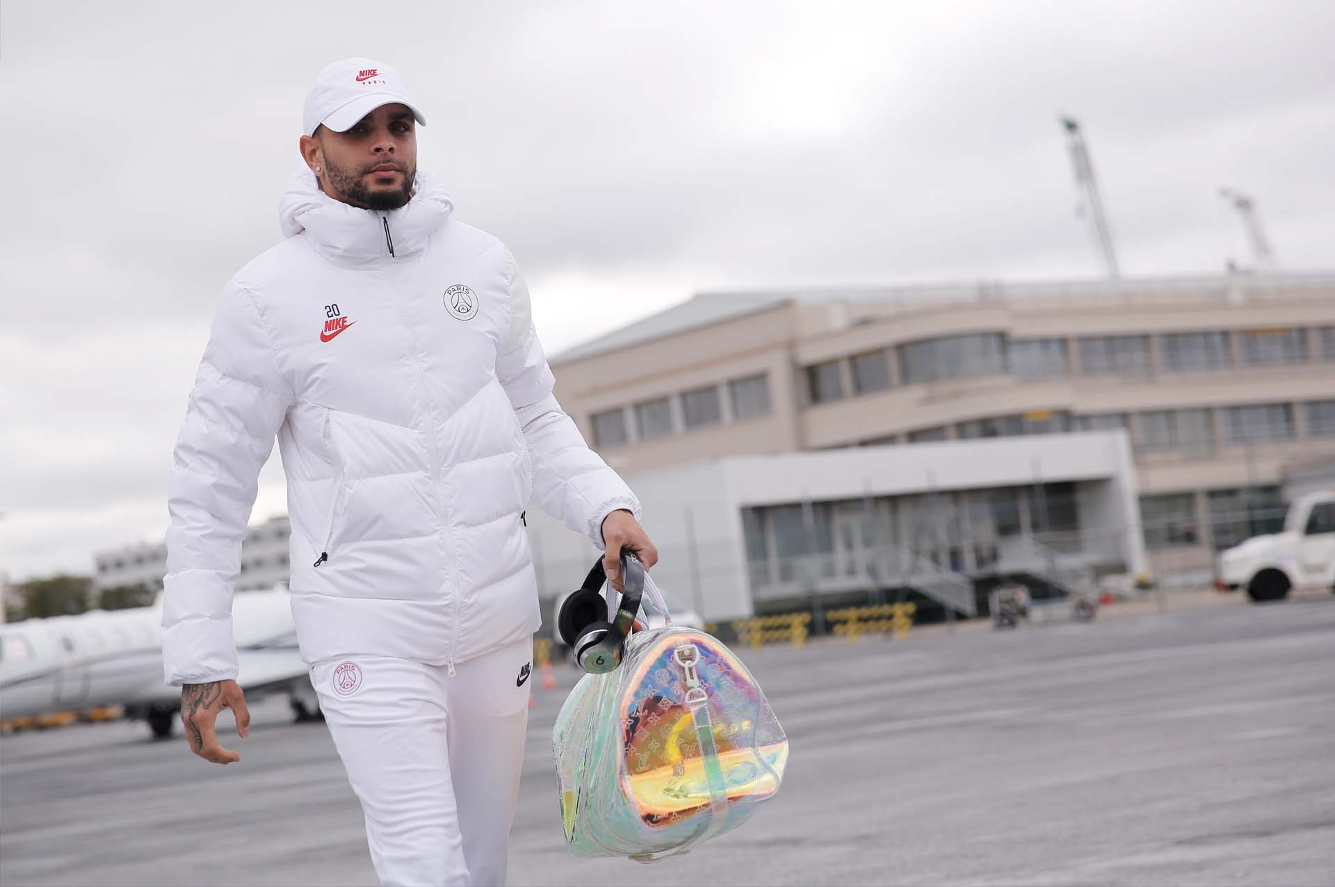 psg travel in new all white nike