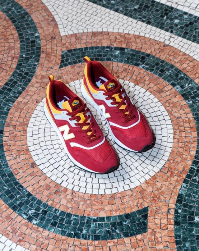 New Balance Drop 'AS Roma' 997H Sneaker - SoccerBible