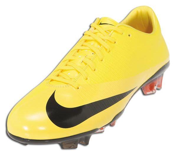Nike Mercurial Vapor Superfly in Yellow