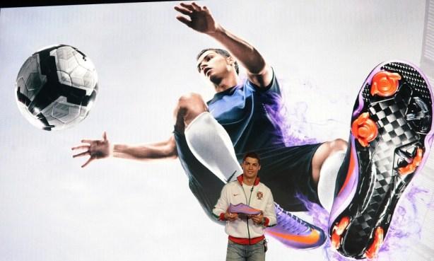 Cristiano Ronaldo Nike Vapor Superfly II