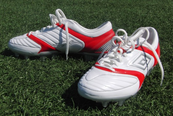 Umbro Stealth Pro WhiteRed