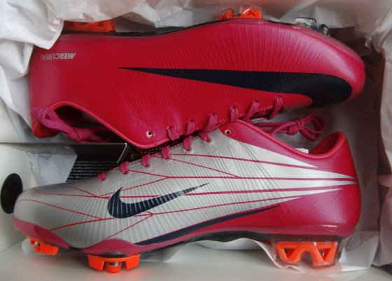 Nike Mercurial Superfly Cherry