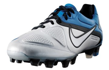 Nike CTR360 Maestri II White and Blue