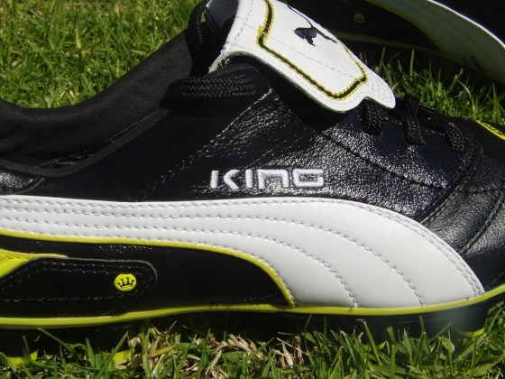 Puma King Finale soccer cleat