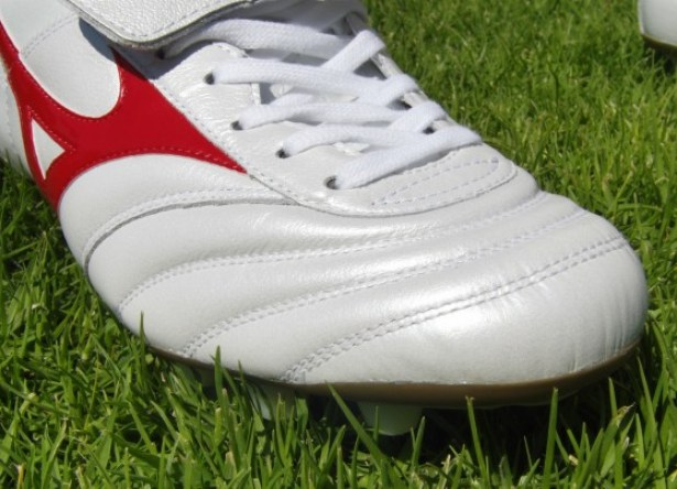 Leather Mizuno Morelia