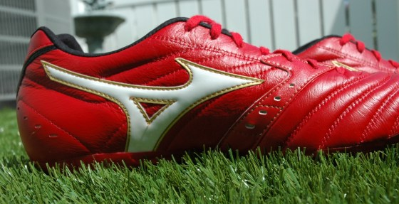 Mizuno Supersonic Wave