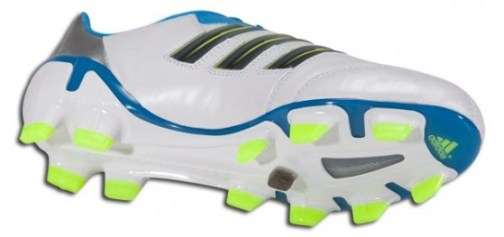 Adipower in Running White