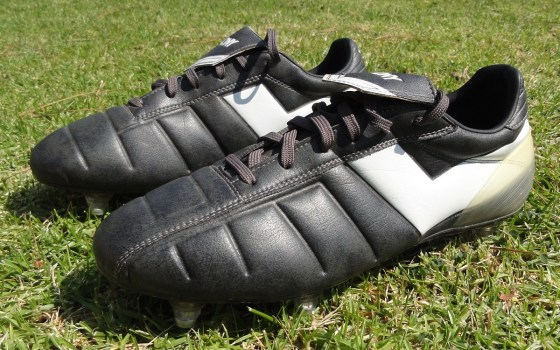 Pony Pinnacle soccer cleat