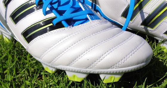 Adidas Predator Absolion detail