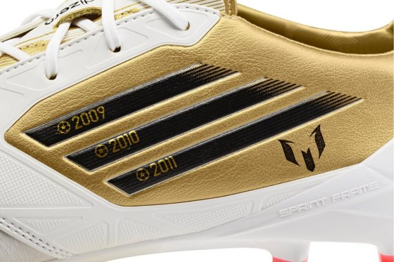 Ballon d'Or Soccer Cleats