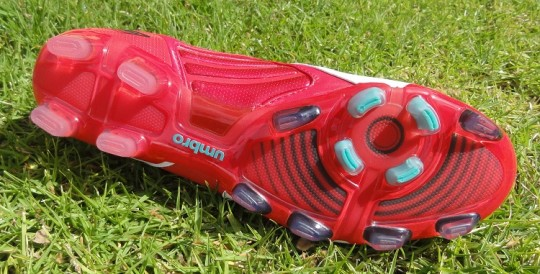 Umbro Geometra Pro soleplate red