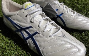 Asics DS Light Featured