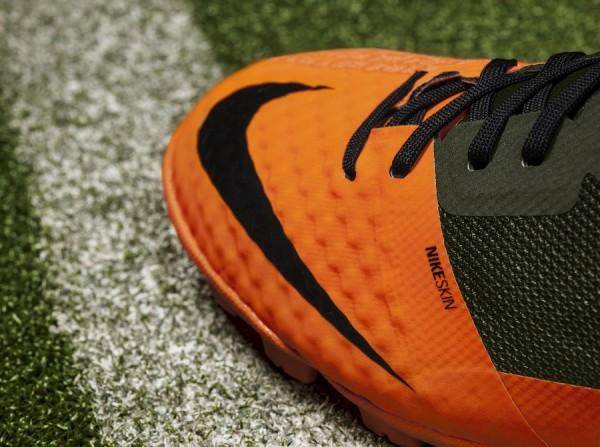 Nike Bomba Finale II Toe