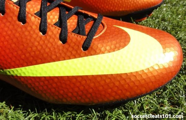 Nike Veloce Upper