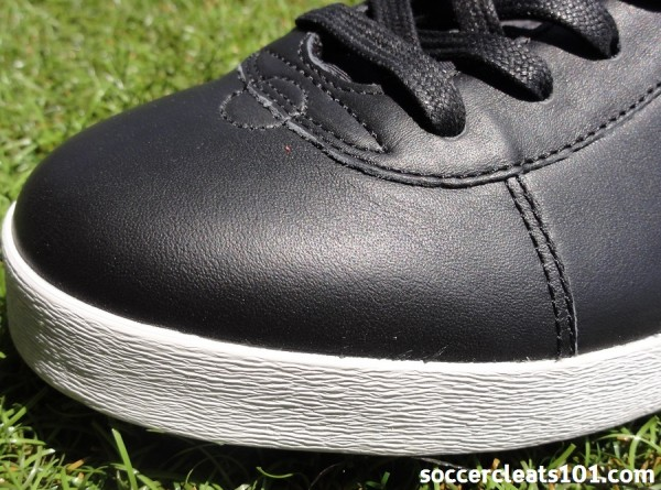 Pele Santiago leather upper