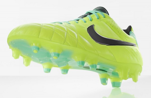 Tiempo Legend Hi-Vis Collection