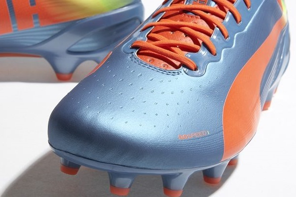 evoSPEED in Shark Blue Upper