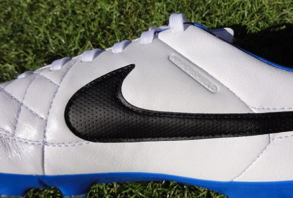 Nike Tiempo Legacy midfoot