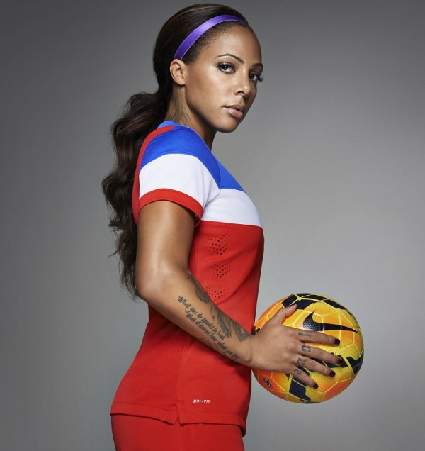 Sydney Leroux in US Away Kit 2014