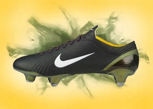 rociar Oblongo Dónde  The History of the Nike Mercurial Series | Soccer Cleats 101