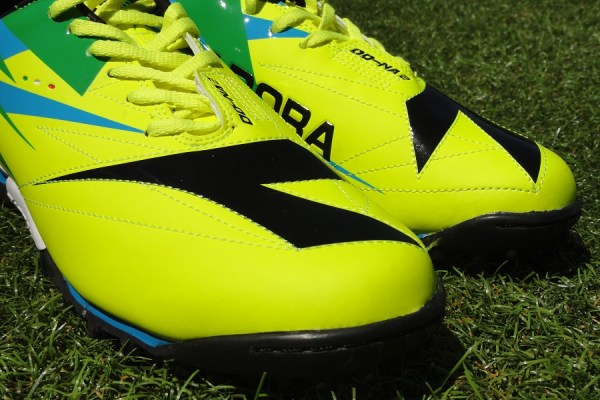 Diadora DD-NA 2 Turf Up Close
