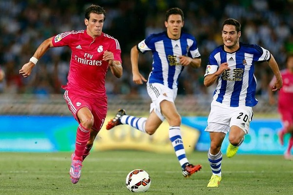 Bale Sprinting in Pink F50