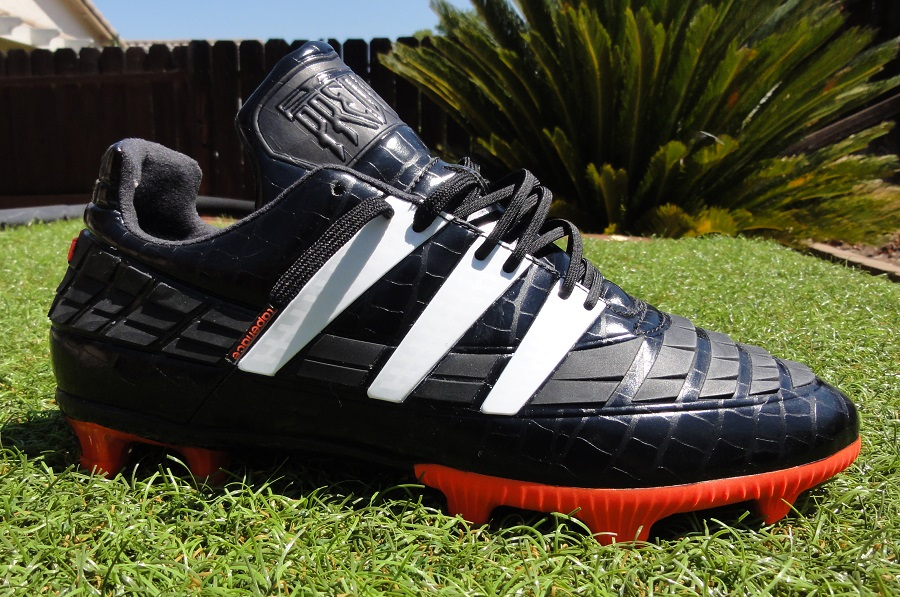 apenas Contrato Complejo  Everything You Need To Know About the Adidas Predator Instinct 94! | Soccer  Cleats 101