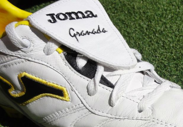 Joma Granada Pulsor Tongue and Lacing