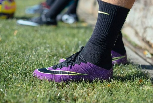 Ultraviolet Nike Superfly iD