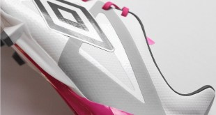 Umbro Velocita Side Profile