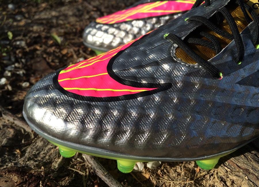 a87e8218b8 Up Close: Neymar's Nike Hypervenom Phantom