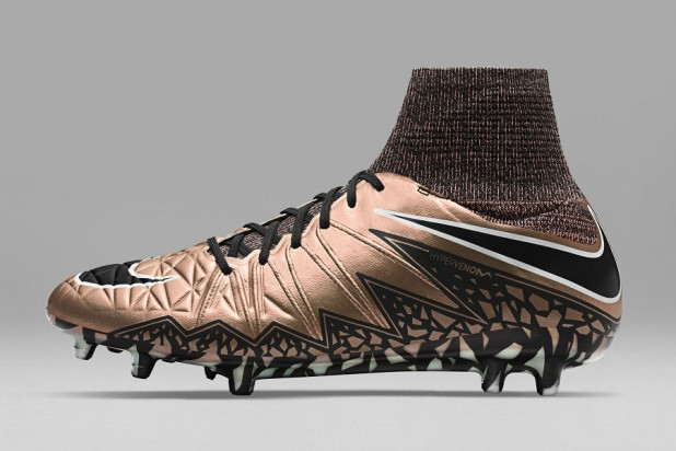 Liquid Chrome Hypervenom Phantom