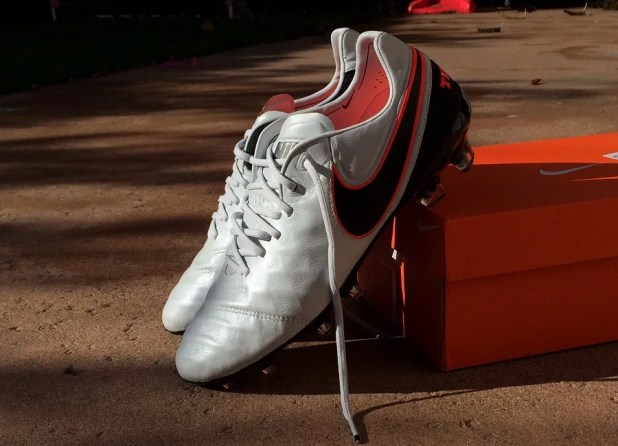 Nike Tiempo Legend 6 feature