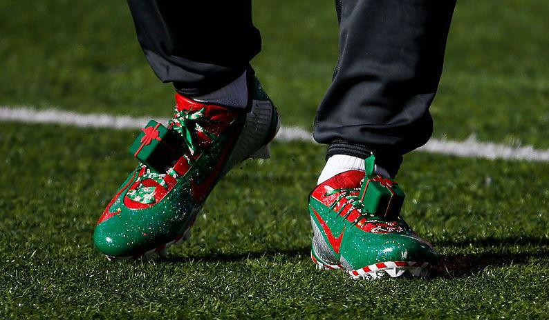 Odell Beckham Jr's Festive Pre-Game Christmas Cleats