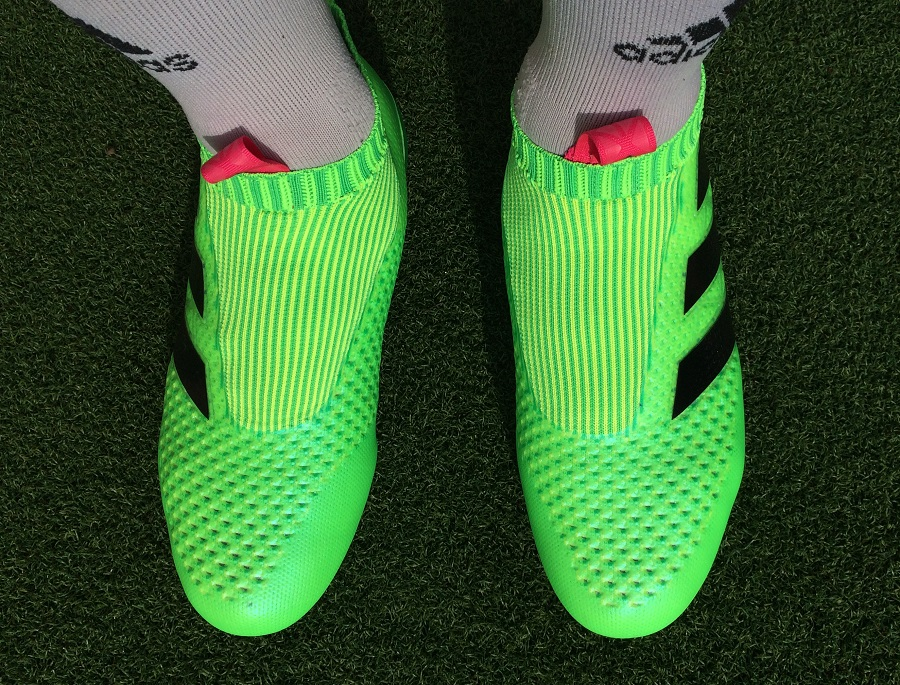 super popular 63c12 0a7f0 Adidas ACE16+ PURECONTROL - Laceless Boot Review | Soccer ...