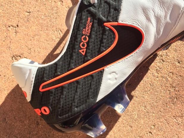 Nike Tiempo Legend 6 Side Profile