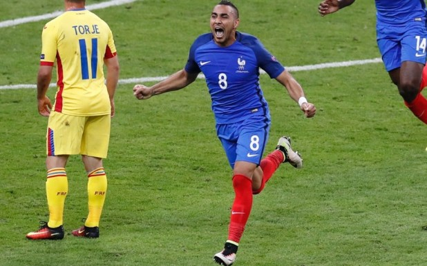 Dimitri Payet in Nike Superfly