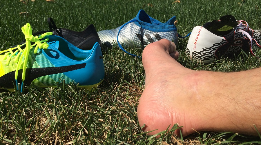 "One of the toughest ""playable"" injuries that occurs commonly in youth  soccer is Sever's Disease. Sever's (also known as calcaneal apophysitis) is  a type of ..."