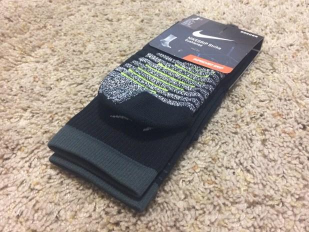 nikegrip socks