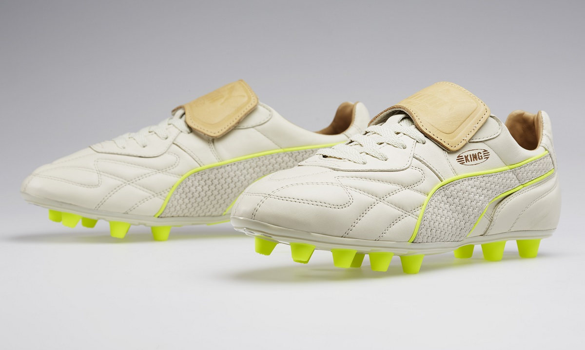 best loved 28cab 2faa5 Puma King Is Back -  Made in Italy  Special Edition   Soccer Cleats 101