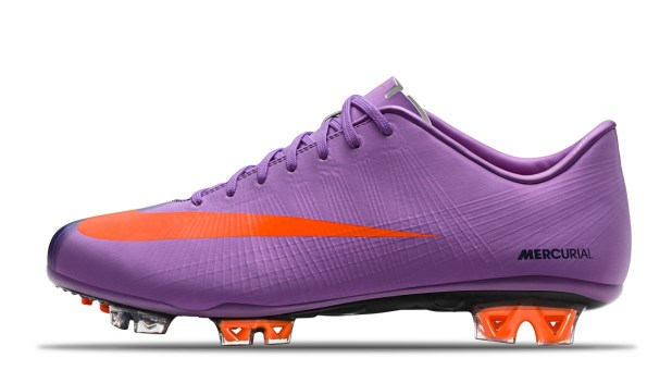 2010_mercurial_superfly_ii_violet_poppy_obsidian_orange
